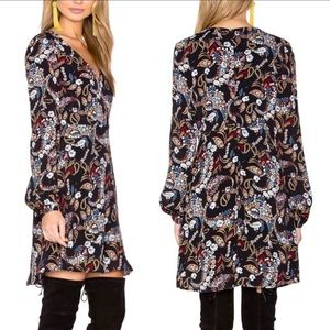 WAYF | Boho Paisley Malone V-neck Shift Dress